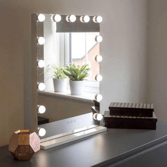 آینه رومیزی اکریلیک